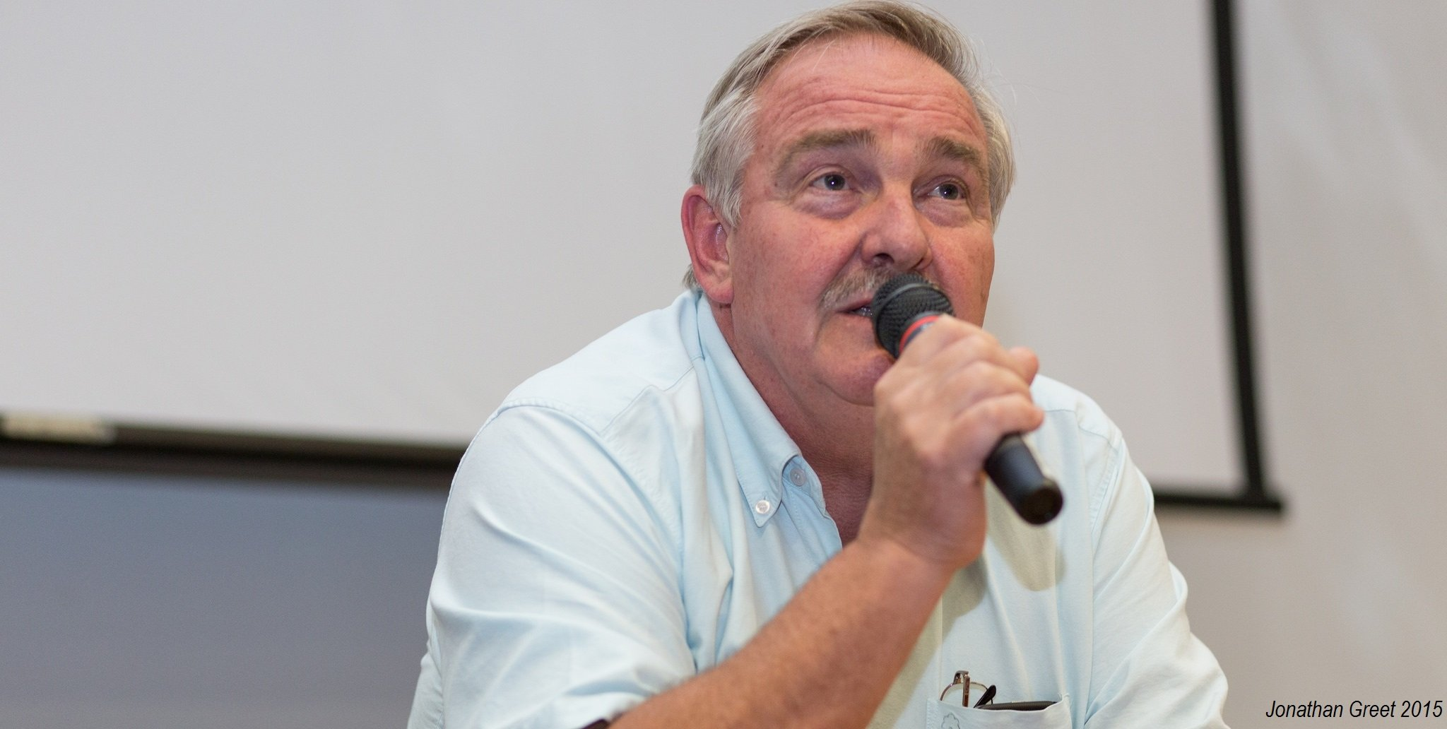 Professor David Nutt at Breaking Convention. He is also the author of the book: Drugs Without the Hot Air, and founder of DrugScience: the only completely independent science-led drugs charity. Photo Credit: Jonathan Greet 2015.